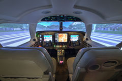 Cabina di pilotaggio del simulatore di volo di Piper Meridian a Kunovice Fotografie Stock Libere da Diritti