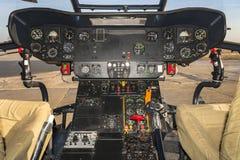 Cabina di pilotaggio dell'elicottero - puma SA-330 Fotografia Stock Libera da Diritti