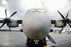 Cabina di pilotaggio militare spartana dell'aeroplano Immagine Stock