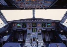 Cabina do piloto A319 imagem de stock royalty free