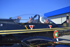 Cabina do pilotode aviões do ilatus PC-9M de Ð Fotos de Stock