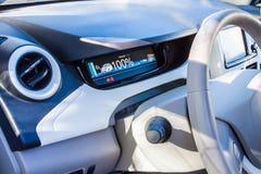 Cabina do piloto de Renault Zoe imagens de stock