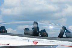 Cabina do piloto do avião de combate imagem de stock