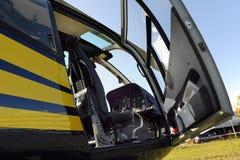 Cabina do piloto do helicóptero foto de stock
