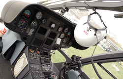 Cabina do piloto do helicóptero do salvamento Imagem de Stock Royalty Free