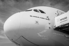 A cabina do piloto dos aviões os maiores no mundo - Airbus A380 Fotos de Stock