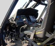 Cabina do piloto militar do helicóptero Fotografia de Stock
