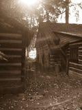 Cabina en el bosque Fotografía de archivo libre de regalías