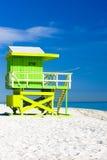 Cabina en la playa Imagen de archivo libre de regalías