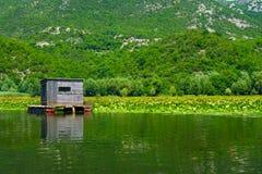 Cabina, lago Skadar Fotografia Stock Libera da Diritti