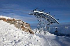 Cabina telefonica in alpi Immagini Stock Libere da Diritti