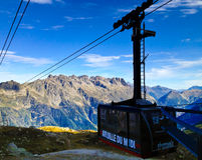 Cabina telefonica di Chamonix Fotografia Stock Libera da Diritti