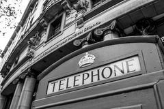 Cabina telefonica di Londra - LONDRA - GRAN BRETAGNA - 19 settembre 2016 Immagine Stock