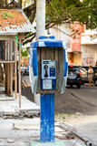 Cabina telefonica nella città di manado di Kota fotografie stock libere da diritti