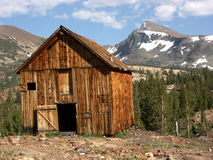 Cabina vieja de la explotación minera Fotos de archivo libres de regalías