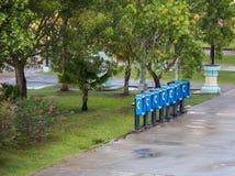 Cabinas de teléfono en las zonas tropicales Imagen de archivo