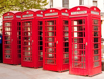 Cabinas de teléfonos rojas británicas Imágenes de archivo libres de regalías