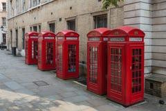 Cabinas de teléfonos rojas de Londres Fotografía de archivo libre de regalías