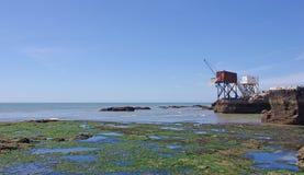 Cabinas pesqueras francesas tradicionales Estuario de Girond fotografía de archivo libre de regalías