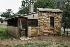 Cabine abandonnée en stationnement d'état de l'Arizona image libre de droits