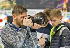Cabine d'appareil-photo de photo de Sony pendant l'ECO 2017 à Kiev, Ukraine Photos libres de droits