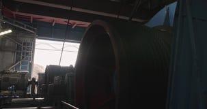 Cabine d'excavatrice de dragline à l'intérieur Excavatrice de marche de travail dans l'exploitation à ciel ouvert Salle des machi clips vidéos