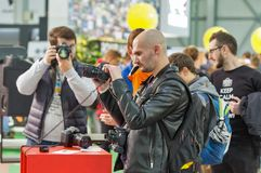 Cabine de Canon pendant l'ECO 2017 à Kiev, Ukraine Photographie stock