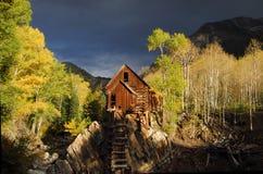 Cabine de logarithme naturel en bois Images stock