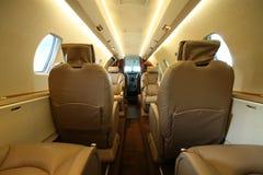 Cabine de luxe d'avion à réaction de l'arrière Photo stock