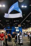 Cabine de Microsoft à l'exposition dans le cadre de la convergence de Microsoft photos libres de droits
