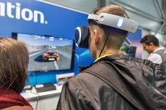 Cabine de Sony PlayStation durante ECO 2017 em Kiev, Ucrânia foto de stock