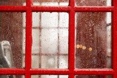 Cabine de téléphone à Londres Images libres de droits