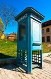 Cabine de téléphone antique Image stock