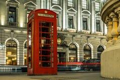 Cabine de téléphone au centre de Londres Image stock