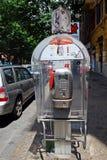 Cabine de téléphone dans la ville de Rome le 31 mai 2014 Photos stock