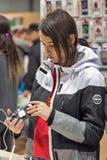 Cabine de téléphone futée pendant l'ECO 2017 à Kiev, Ukraine Photos stock