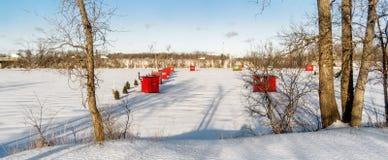 Cabine della pesca sul ghiaccio Fotografie Stock