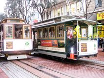 Cabine di funivia famose di San Francisco fotografie stock