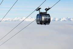 A cabine do cabo aéreo na estação de Chopok em Jasna Low Tatras Fotos de Stock Royalty Free