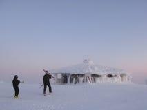 Cabine do esqui de Lapland foto de stock