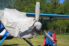 Cabine e hélice incluidas do close up dos aviões da turboélice Fotos de Stock Royalty Free