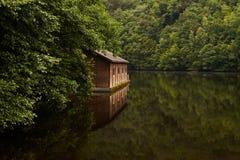 Cabine na água Imagem de Stock Royalty Free