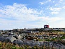 Cabine no arquipélago durante o verão fotos de stock royalty free