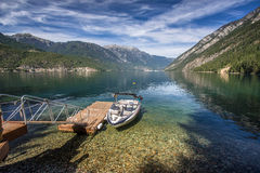 Cabine no estilo de vida do lago Imagens de Stock Royalty Free