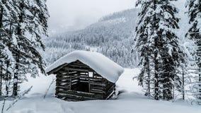 Cabine no lago Fotos de Stock Royalty Free
