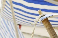 Cabine sur une plage (groupe) Photographie stock