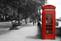 Cabine téléphonique de Londres images stock