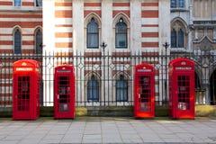 Cabine telefoniche rosse di Londra Fotografie Stock Libere da Diritti