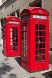 Cabine telefoniche rosse a Londra Fotografie Stock