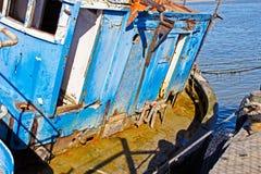 Cabine van dilapidated vissersboot stock fotografie